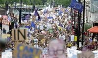 เกิดการชุมนุมคัดค้านBrexit ในทั่วประเทศอังกฤษ