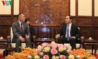 ประธานประเทศให้การต้อนรับรองประธานเครือบริษัทฮุนไดของสาธารณรัฐเกาหลี