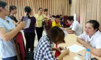 Tổ chức công đoàn giúp công nhân hiểu luật