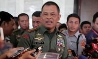อินโดนีเซียและสิงคโปร์ให้คำมั่นที่จะผลักดันการรักษาเสถียรภาพในภูมิภาคตะวันออกเฉียงใต้