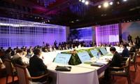 การประชุมอาเซียน+3 EASและARFเน้นถึงปัญหาที่ร้อนระอุในภูมิภาคและโลก