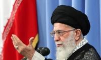 ผู้นำสูงสุดอิหร่านเตือนสหรัฐเกี่ยวกับข้อตกลงนิวเคลียร์