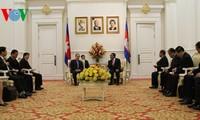 ประธานแนวร่วมเวียดนาม-ลาว-กัมพูชาหารืองานด้านแนวร่วม