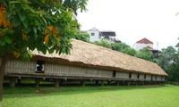 บ้านยาว เสมือนเสียงฆ้องที่กังวาลในวัฒนธรรมของชนเผ่าเอเด