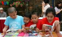 วันหนังสือเวียดนาม-การส่งเสริมวัฒนธรรมการอ่านหนังสือ