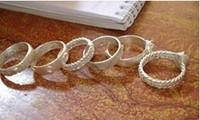 แหวนหมั้น สัญลักษณ์แห่งความรักของชนเผ่าจูรู