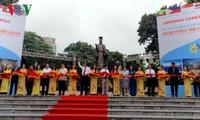 เปิดนิทรรศการภาพถ่ายประเทศและคนอาเซียน ณ กรุงฮานอย