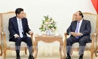 Nguyen Xuan Phuc 국무총리, 이임 한국 대사 접견