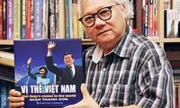 Nhà báo Giản Thanh Sơn ra mắt sách ảnh Vị thế Việt Nam