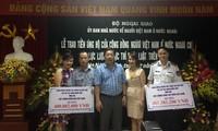 Вьетнамцы за границей пожертвовали средства для оказания помощи силам морской полиции и рыбоохраны