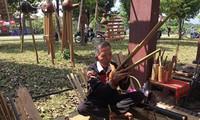 Хранители традиционных музыкальных инструментов малых народностей