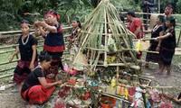 Праздник эксгумации и перезахоронения «Ариеу Пинг» народности Пако