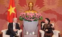 Председатель НС СРВ Нгуен Тхи Ким Нган принял посла Австралии