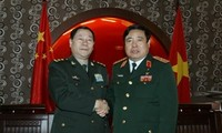 Vietnam, China continue to boost military ties