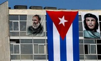 US Former high-level officials urge easing Cuba sanctions