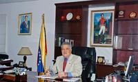 Vietnam, Venezuela tighten strategic relations