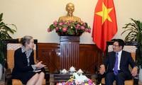 Vietnam-Netherlands relations develop