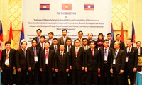 Vietnam, Laos, Cambodia boost economic cooperation until 2030