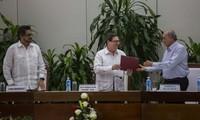 Colombia, FARC publish peace accord