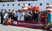 Danang sees tourist surge during Lunar New Year festival