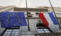 Moody's sees increasing possibility of France leaving EU