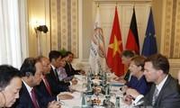 Primer ministro vietnamita sostiene reuniones bilaterales en Hamburgo