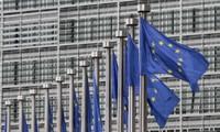 Unión Europea busca medidas para frenar la llegada de refugiados desde Libia