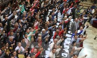 El Partido Socialista Unido de Venezuela propone a su opositor retomar el proceso electoral