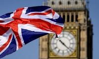 Brexit: La primera ministra británica promete el mejor entorno para los negocios
