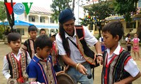 A Biu y su pasión por los gongs y batintines