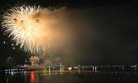Eröffnungsfeier des internationalen Feuerwerkwettbewerbs in Da Nang