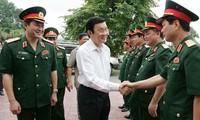 Staatspräsident Truong Tan Sang besucht die Provinz Thai Nguyen