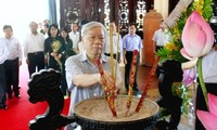 KPV-Generalsekretär Nguyen Phu Trong zum Besuch in Vinh Long