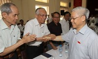 KPV-Generalsekretär Nguyen Phu Trong trifft Wähler der Stadt Hanoi
