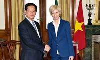 Premierminister Nguyen Tan Dung trifft portugiesische Parlamentspräsidentin Maria da Assunção