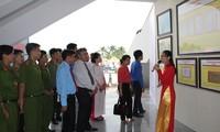 Ausstellung über vietnamesische Inselgruppen Hoang Sa und Truong Sa in der Provinz Hau Giang