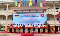 Einweihung der Mittelschule Phan Chau Trinh - eine Hilfe von Rudolf Walther