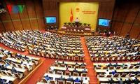 Zweite Fragestunde der Parlamentssitzung über sozialwirtschaftliche Entwicklung und Immobilienmarkt