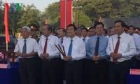 Staatspräsident Truong Tan Sang zu Gast beim 75. Jahrestag des Aufstands des Südens in Long An