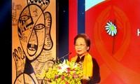 Verstärkung der Aufklärungsarbeit zur Bekämpfung der Gewalt gegen Frauen und Mädchen