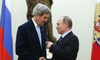 Russlands Präsident redet mit US-Außenminister über den Friedensprozess in Syrien