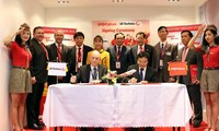 VietJet Air unterzeichnet milliardenschwere Verträge bei der Luftfahrtmesse in Singapur 2016