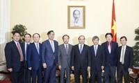 Premierminister Nguyen Xuan Phuc hofft auf stärkere Auslandsinvestitionen