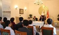 Gespräch in vietnamesischer Botschaft in Deutschland über Präsident Ho Chi Minh