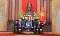 Staatspräsident Tran Dai Quang trifft den Premierminister der Republik Baschkortostan