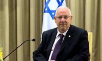 Premierminister Nguyen Xuan Phuc empfängt israelischen Präsident Reuven Ruvi Rivlin