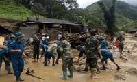 Beseitigung der Folge der Flut in den Bergprovinzen in Nordvietnam