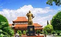 Eindrucksvolle Schönheit des Geländes Binh Dinh