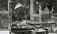 Feier zum 37. Befreiungstag Südvietnams und Wiedervereinigung des Landes