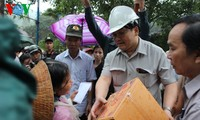 Aufräumarbeit nach Überflutungen in Zentralvietnam